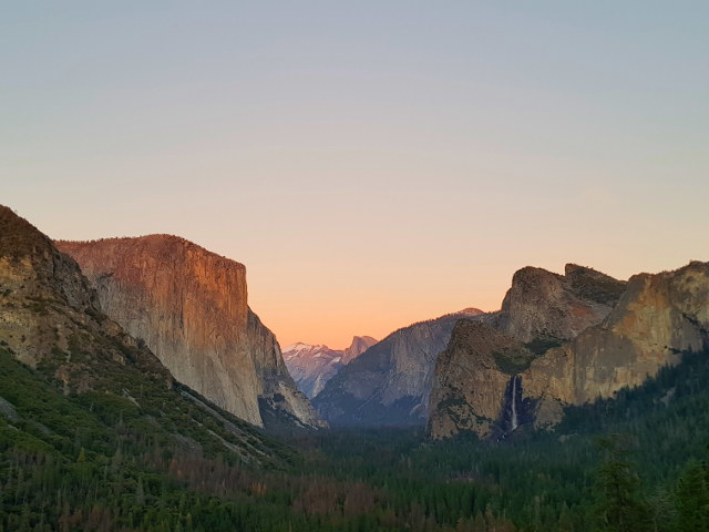 Sunset at Tunnel View in Yosemite National Park